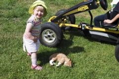 Kind mit Katze